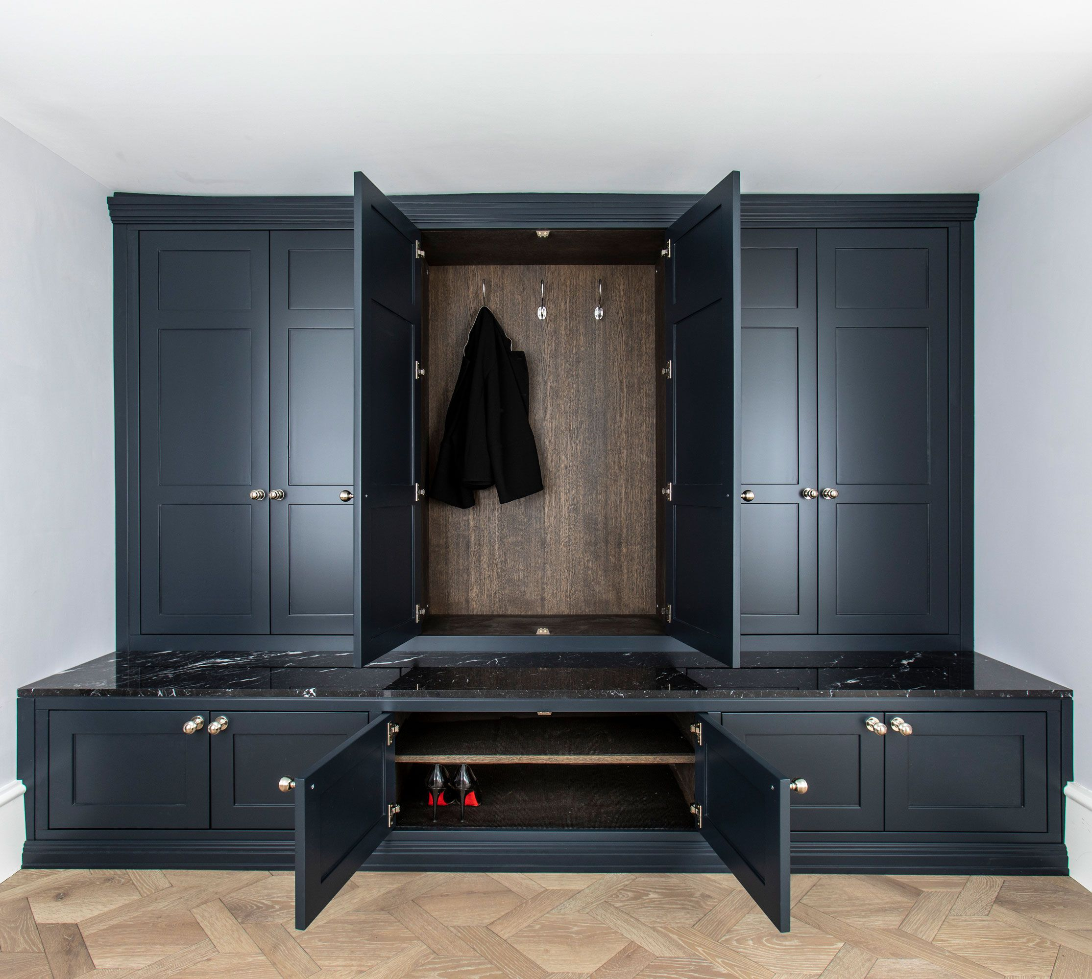 Best Custom Made Boot Rooms With Style In 2020 Farrow Ball 400 x 300