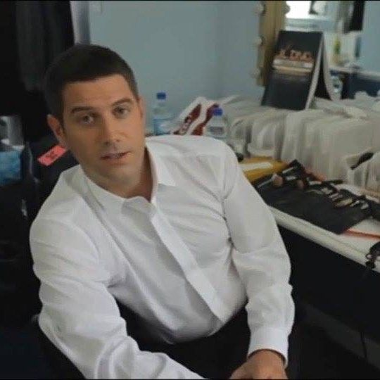 No need for a touch up when you are working with perfectionThanks @petrak40  hope you don't mind me stealing this one (and a few others from FB#sebdivo #sifcofficial #ildivofansforcharity #sebastien #izambard #sebastienizambard #solorecordseb #sebsoloalbum #ildivo #ildivoofficial #ildivoamorypasion #sebontour #ildivotour #singer #band #musician #music #concert #composer #producer #artist #french #france #instamusic #amazingmusic #amazingvoice #greatvoice