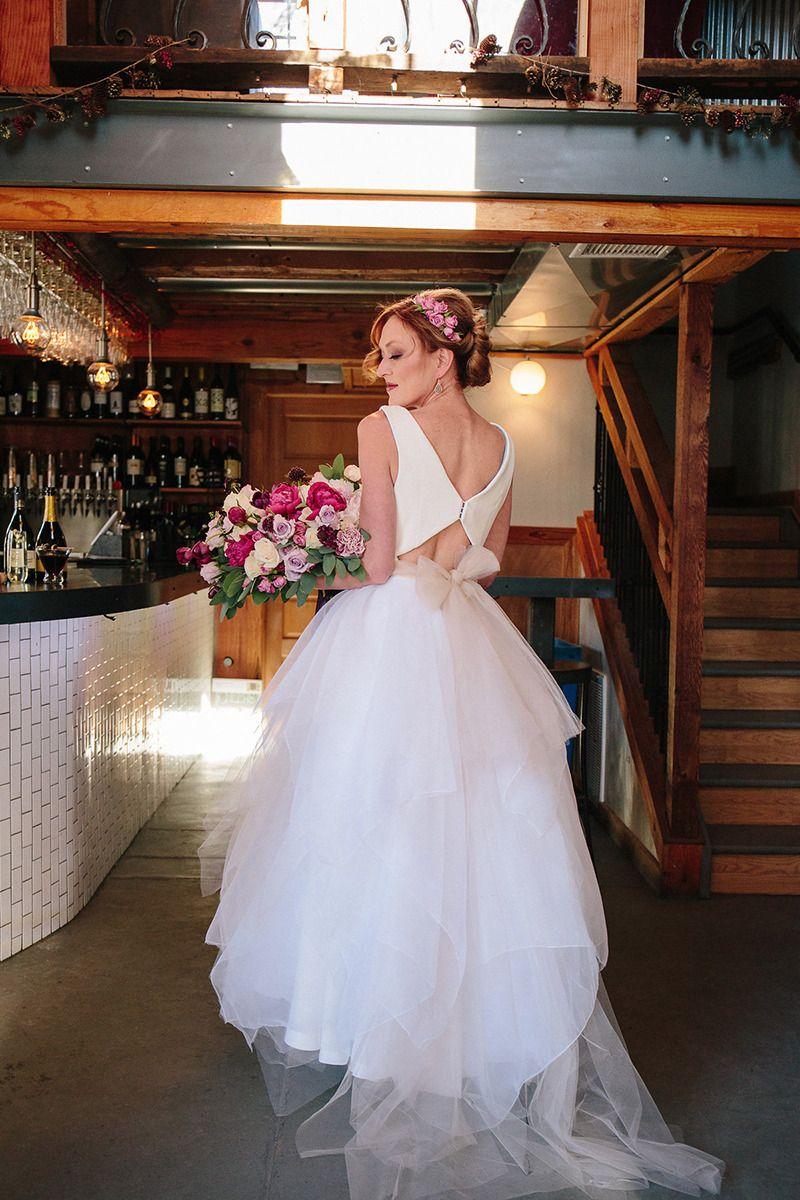 #keyholeback #weddingdress #customdress #fashion #whitedress @weddingchicks