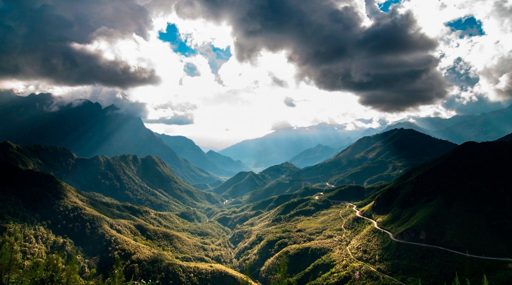 Review du lịch Đèo Ô Quy Hồ cảnh đồi núi đẹp hùng vĩ