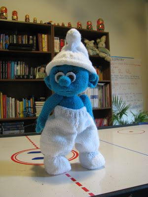 Knitted Smurf doll | Knitted dolls, Soft dolls, Dolls