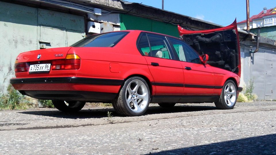 BMW 7 Series E32 1987 Vintage RED