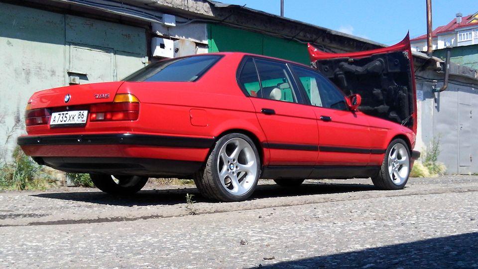 BMW 7 Series E32 1987 Vintage RED