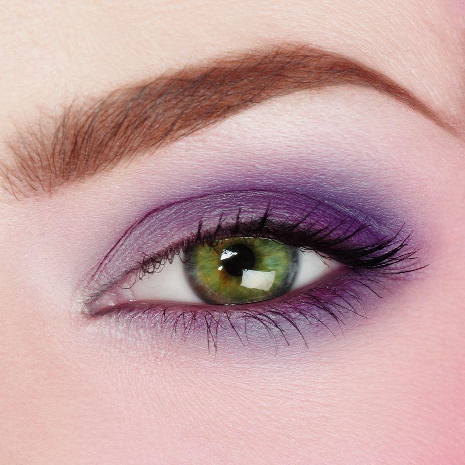 Makeup to make green eyes more vibrant! Mix Deep Purple ...