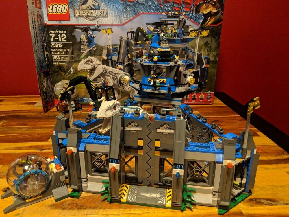 LEGO Dinosaurs Indominus rex Breakout (75919) Jurassic