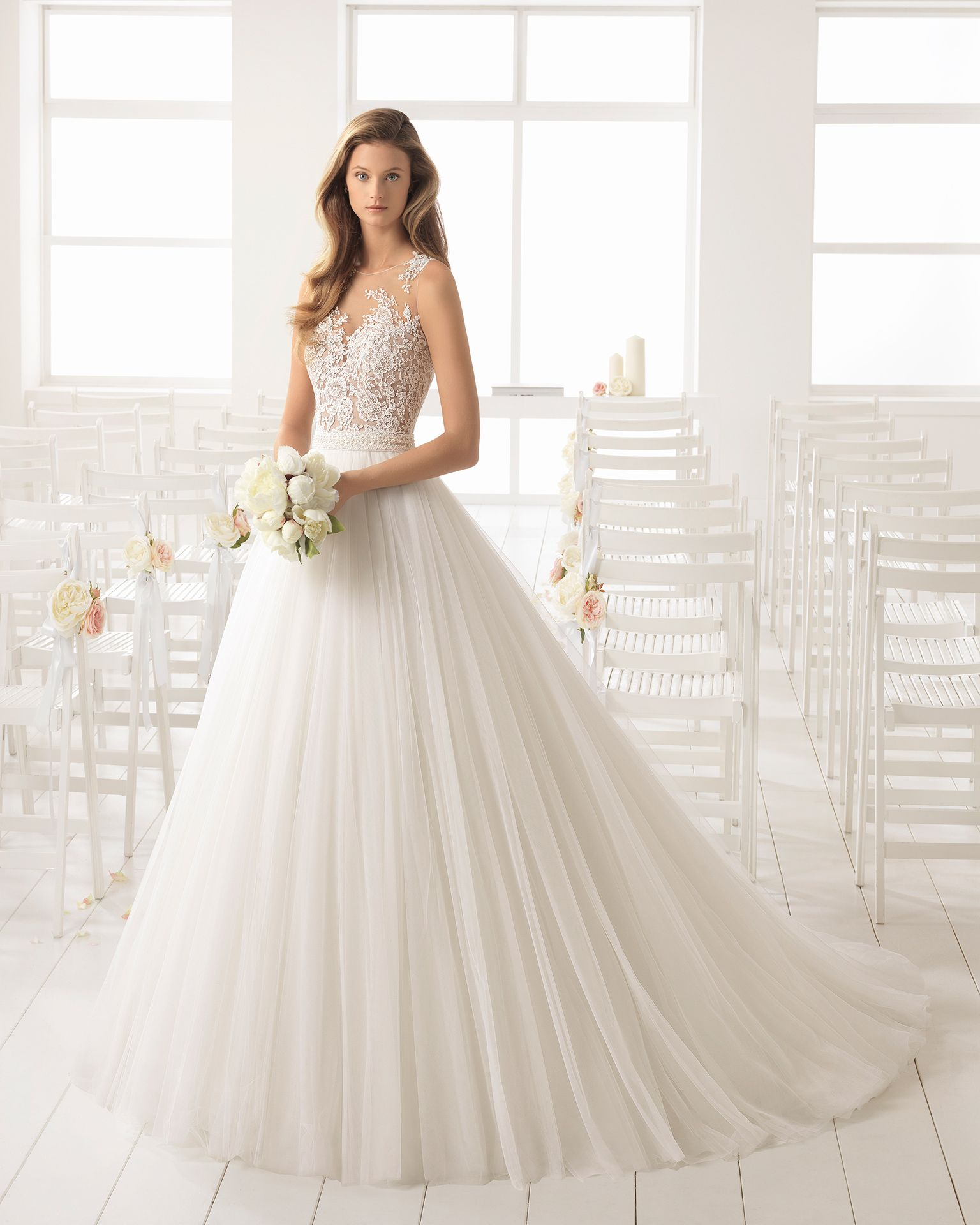 3be93b3c9 Vestido de novia estilo línea A en tul
