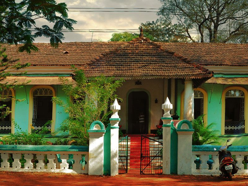 D 39 source resources gallery content houses of goa for Indian traditional house plans