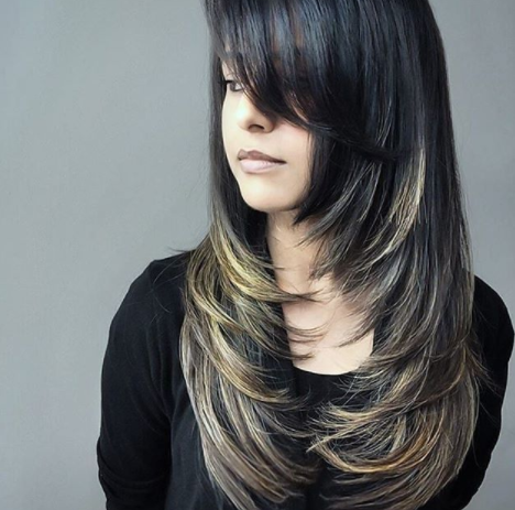 25 Long Haircuts That Add Volume And Texture To Thin Hair Types In 2020 Long Layered Hair Long Hair Styles Long Hair Girl