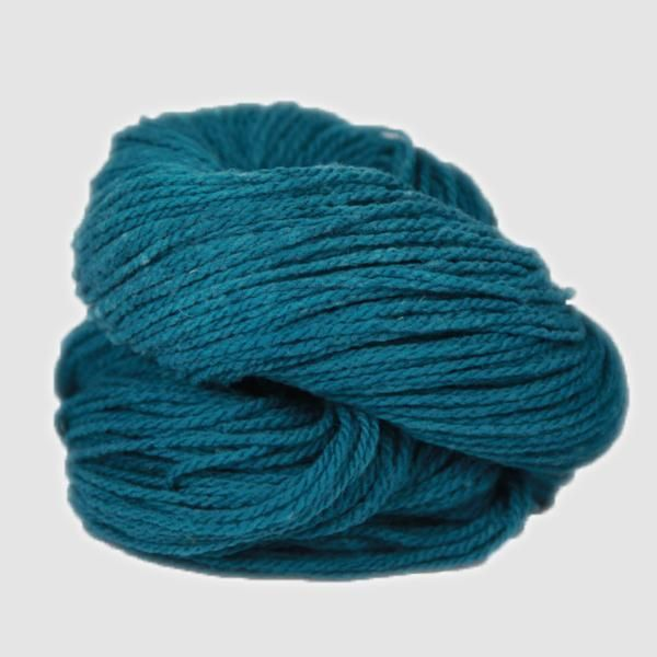2 ply worsted weight 100% merino wool 200 yds/3.5 oz Grown and spun in Wyoming Made in the USA