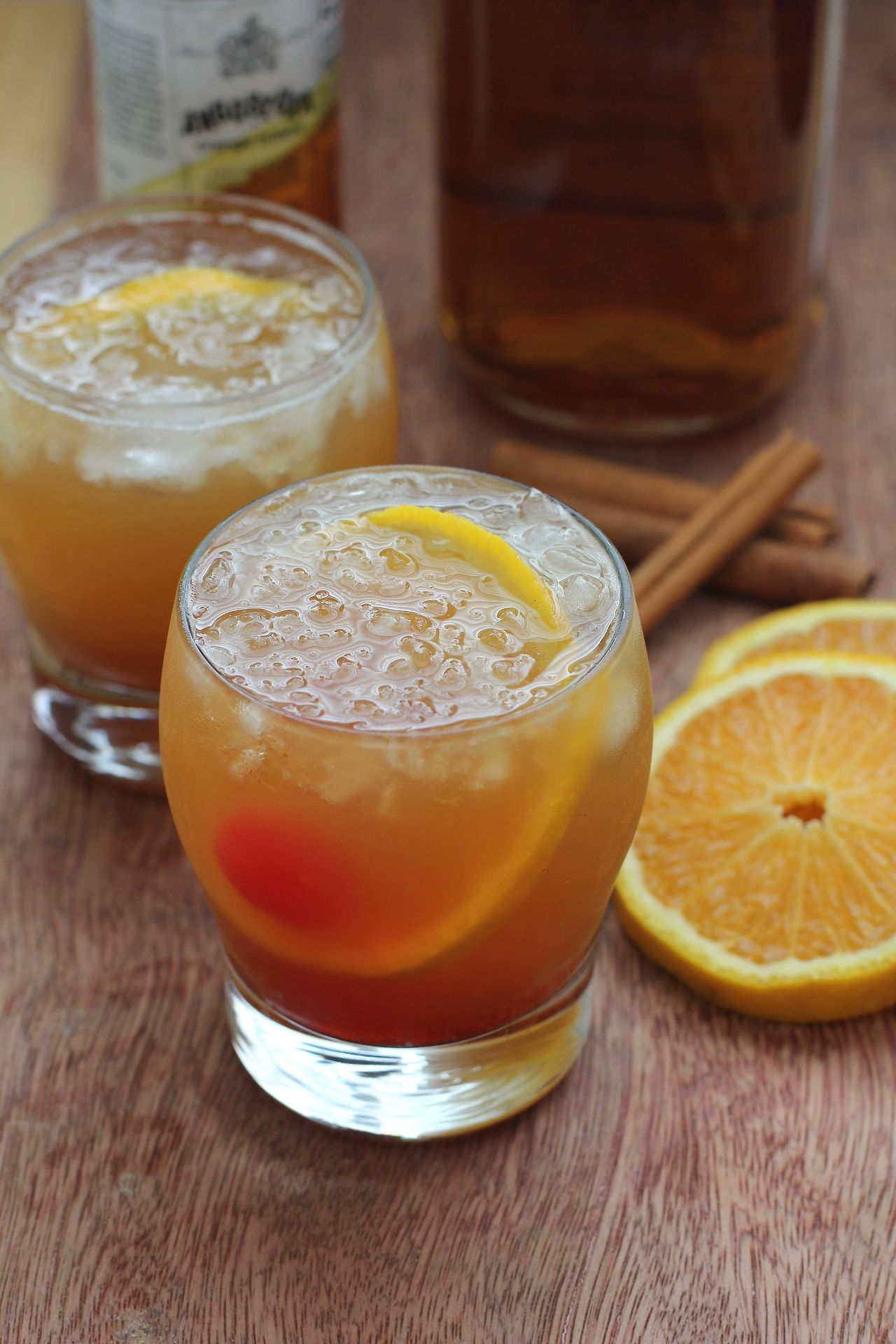 Autumn Orange : Shake with ice 1oz Kahlua, 1oz Amaretto, 1