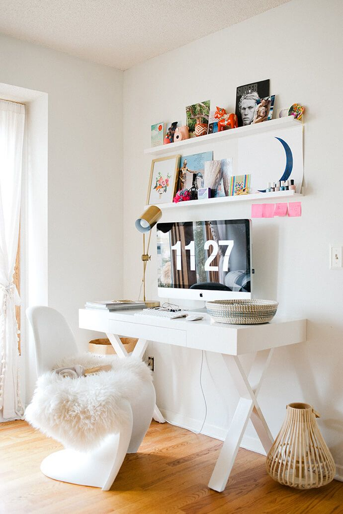 Step Inside Shaynah Dodge\'s Simplified And Sweet Home | White desks ...