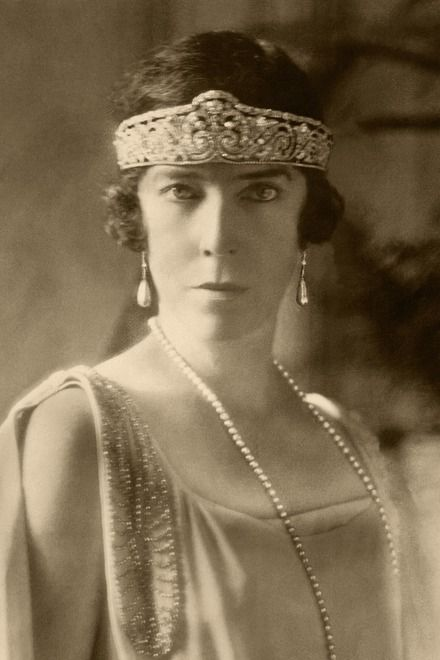 Elisabeth, diadem, copyright Collection Cyrille Boulay, Cartier