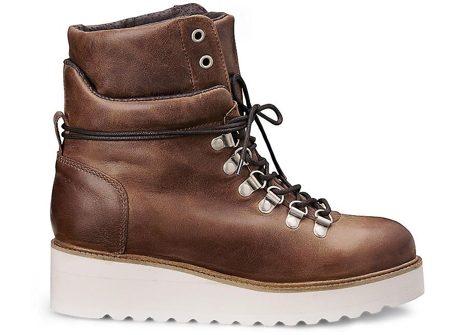 Another A Plateau-Boots