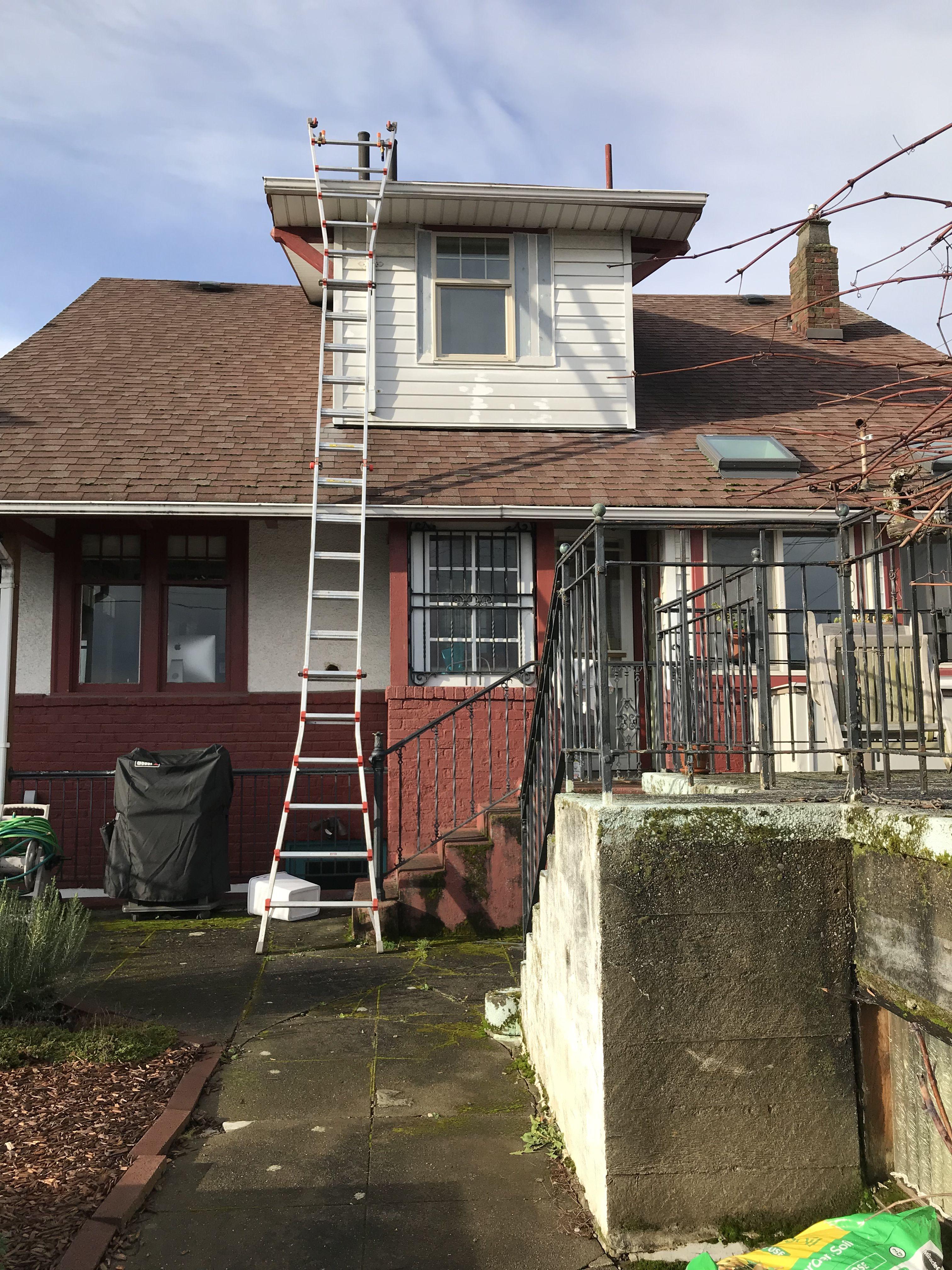 Idea By Bubble Truck Window Cleaning On Gutter Cleaning House Styles Cleaning Gutters House