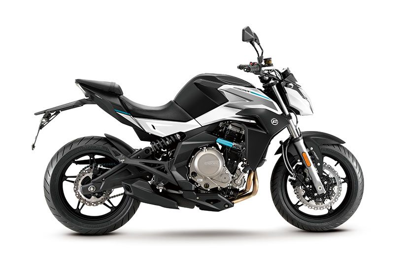 Top 10 Best Twin Cylinder Bikes Under 5 Lakhs In India in