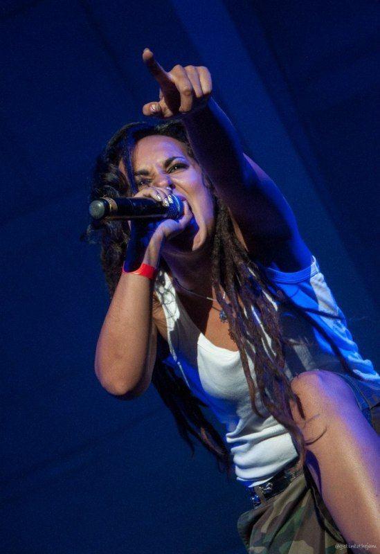 Tatiana Shmaylyuk - band Jinger
