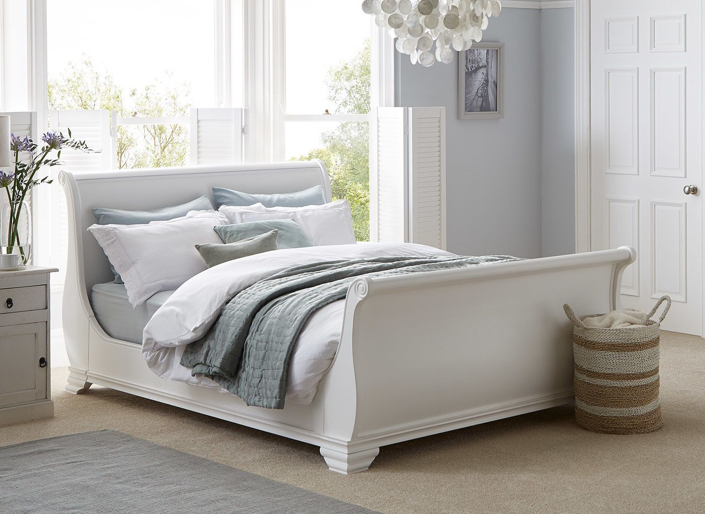 Find Your Lost Peace Of Night With White Beds Darbylanefurniture Com In 2020 White Wooden Bed Wooden Bed Wooden Bed Frames