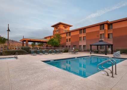 Located Minutes From Downtown Phoenix With Free Internet And A Hot Breakfast The Hampton Inn Anthem Az Hotel Is Best Of Hotels