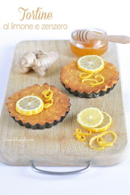 Ginger and lemon mini cakes