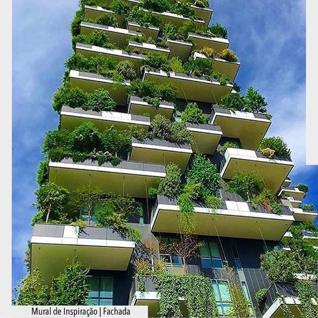 Em meio a tanto desmatamento e descaso com a natureza este prédio vai na contramão  desta realidade e mostra como o verde é incrível!  Arquiteturade http://ift.tt/1U7uuvq arqdecoracao arqdecoracao @arquiteturadecoracao @acstudio.arquitetura  #arquiteturadecoracao #adfachada #olioliteam #oliolinatal