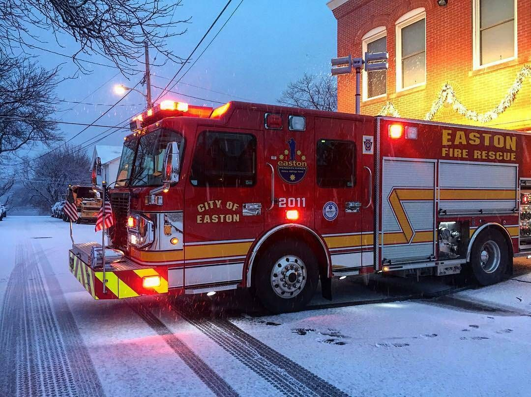 FEATURED POST  @cochran_1118 -  I guess I'm learning how to drive in the snow today .  ___Want to be featured? _____ Use #chiefmiller in your post ... . CHECK OUT! Facebook- chiefmiller1 Periscope -chief_miller Tumblr- chief-miller Twitter - chief_miller YouTube- chief miller .  #firetruck #firedepartment #fireman #firefighters #ems #kcco  #brotherhood #firefighting #paramedic #firehouse #rescue #firedept  #iaff  #feuerwehr #crossfit #chiveeverywhere #brandweer #pompier #medic #motivation…