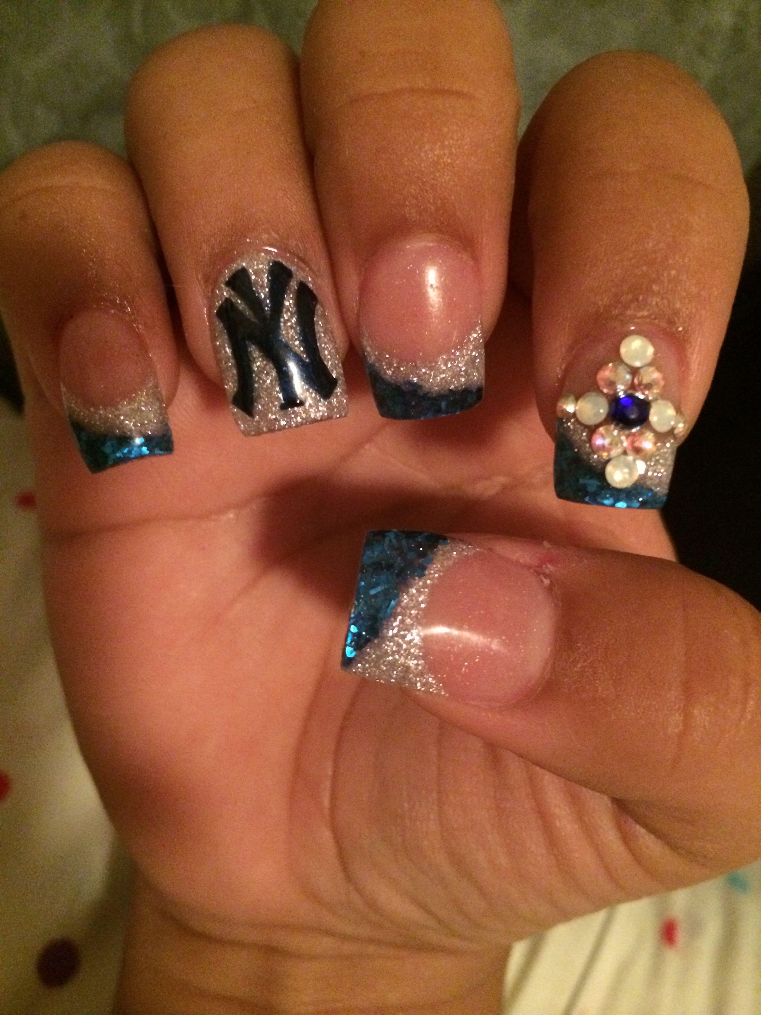 New York yankee nail design | Nails | Pinterest | Yankees nails ...