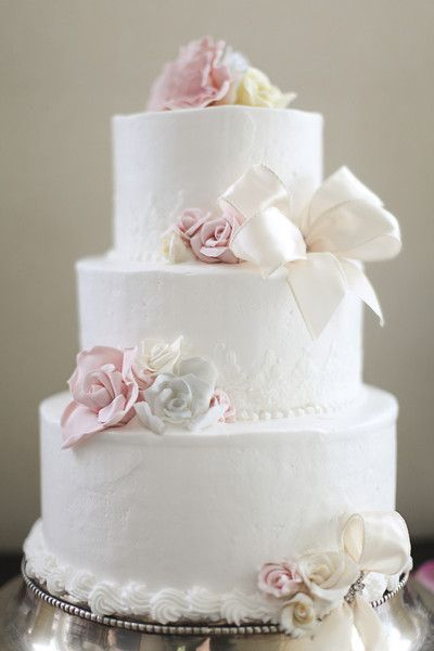 Summer Wedding Cake Ideas Cakes Photos On WeddingWire