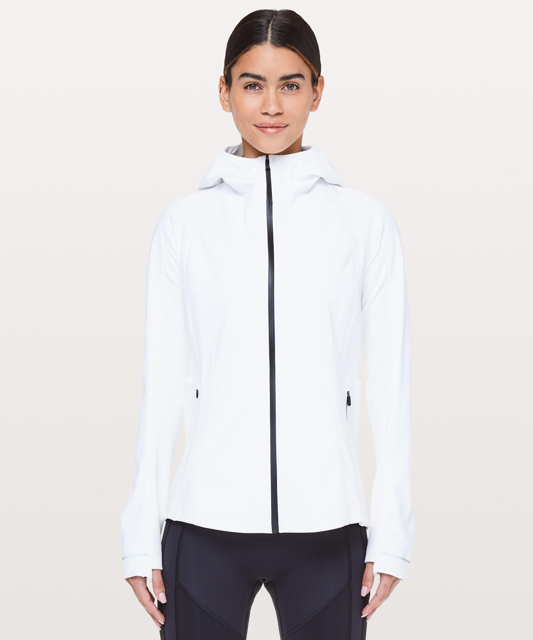 Cross Chill Jacket Women S Jackets Coats Lululemon In 2021 Coats Jackets Women Jackets Sports Jackets Women [ 2160 x 1800 Pixel ]