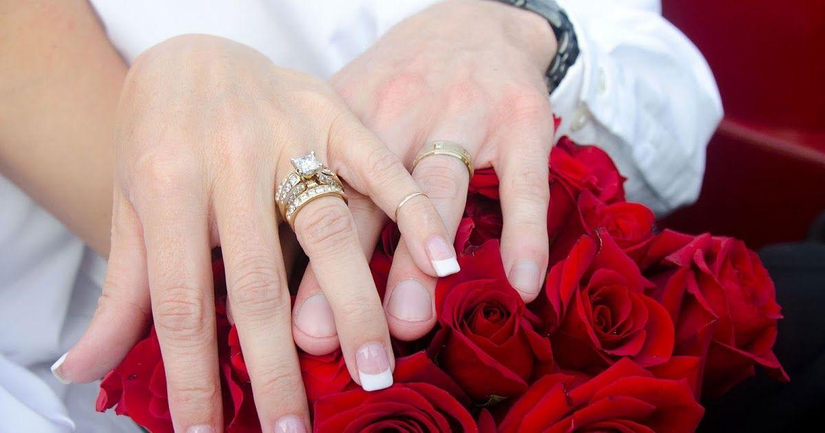Yuzuk Takma Konusmasi Sayfa Icerigi Yuzuk Takma Konusmasi Yuzuk Takma Merasimi Konusmalari Bir Baba Kizina Nisan Yuzugu Takarken N Nisan Yuzugu Evlilik Nisan