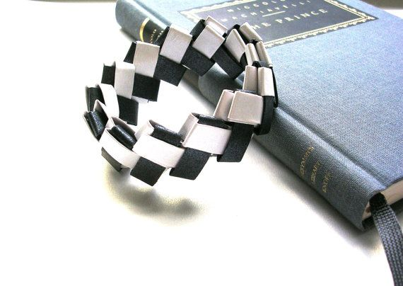 Origami Bracelet     Black and White Lock Weave by PaperImaginations
