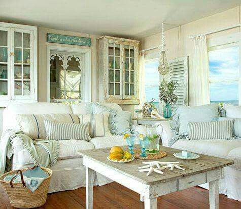 Coastal hues with a little shabby chic thrown in \u003c3 living room