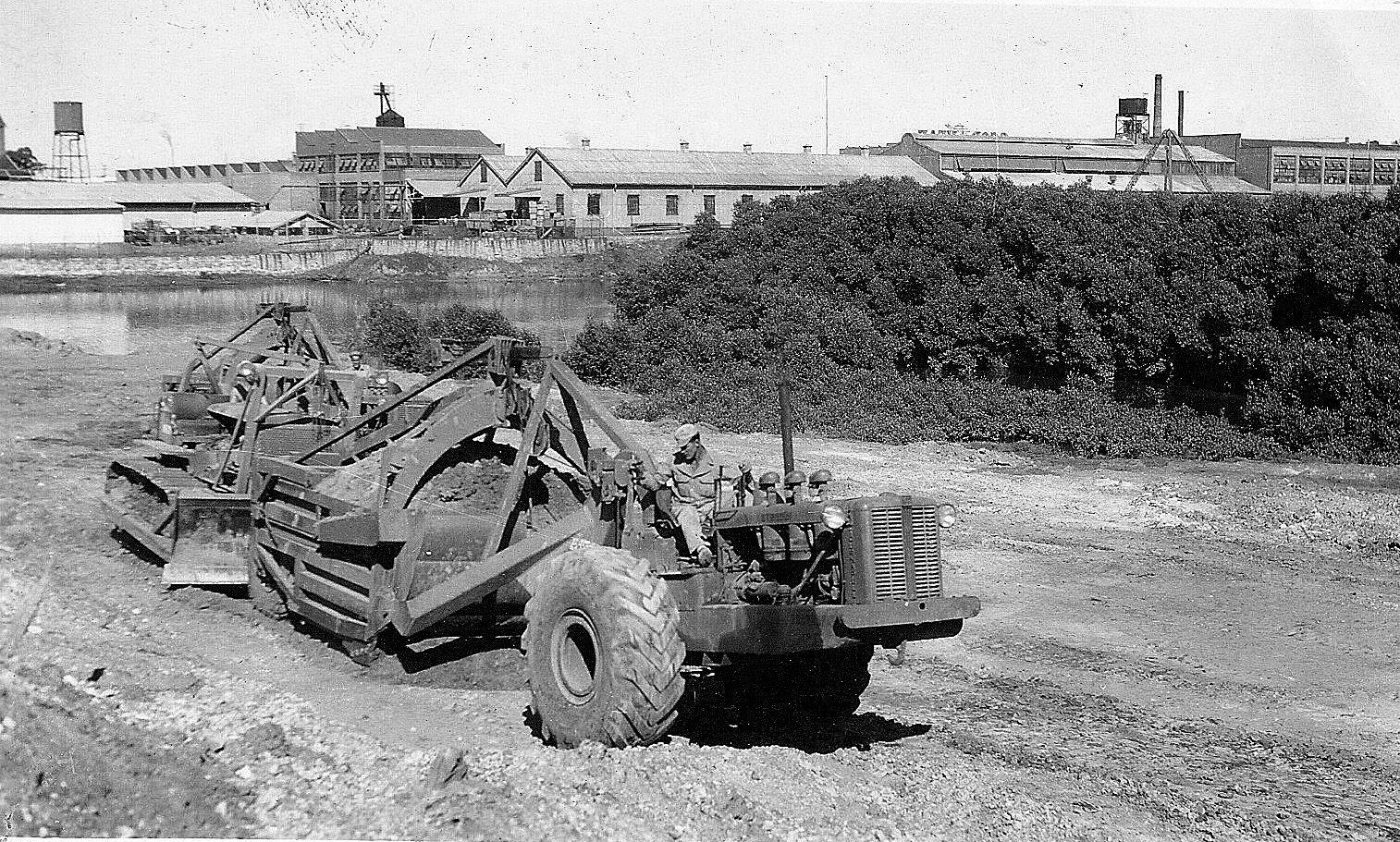 Classic Machines: LeTourneau's Model C Tournapull scraper