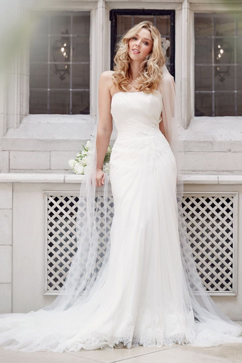 Tia By Benjamin Roberts Bridal Gown Style 5605