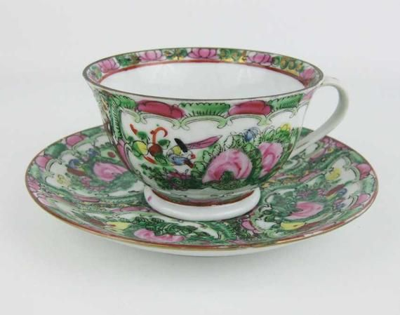 Vintage Chinese Export Famille Rose Medallion 2 Sets Demitasse Cup /& Saucer