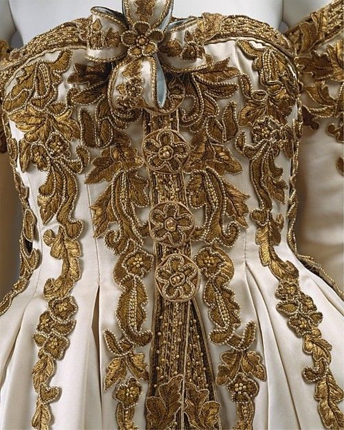 When I look at this I think hm...I think this would make a cool horse show outfit!!    details of Cersei's wedding gown, Chanel