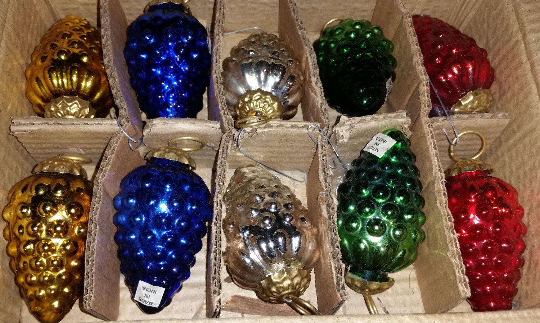 Vintage Set of 10 Glass Pinecones by VintageBarnYard on Etsy