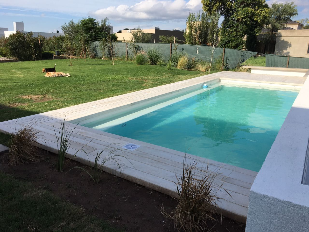 piscina - infinity glass - desborde- deck - diseÑo exclusivo