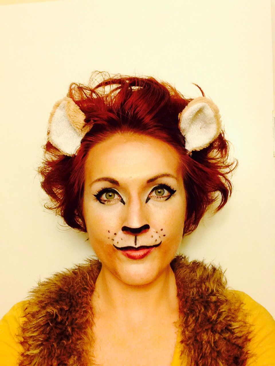 Lion makeup Halloween | Beauty | Pinterest | Lion makeup, Lions ...