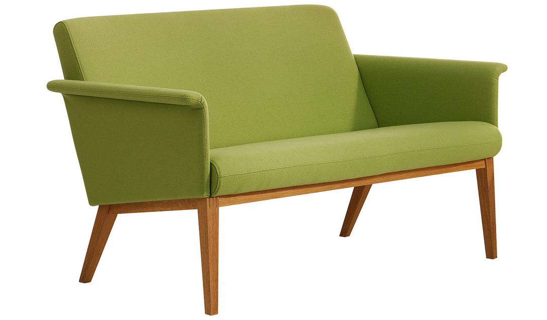 Skandinavische Sofas skandinavische sofas das sofa aus stoff und holz beine 1