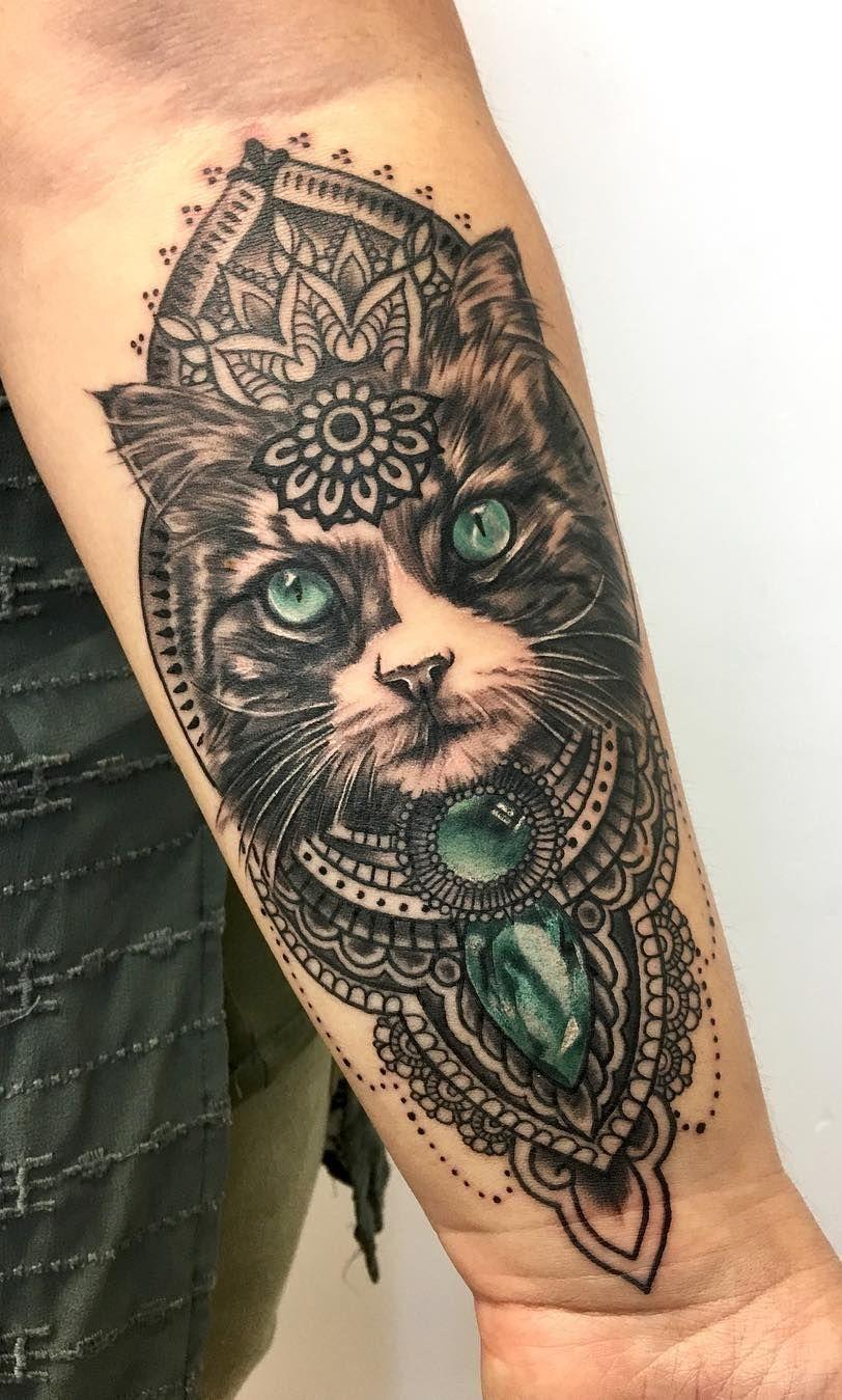 Awesome Cat Mandala Tattoo C Tattoo Artist Steph Hesketh Tattoo Cat Face Tattoos Cat Tattoo Designs Mandala Tattoo Design