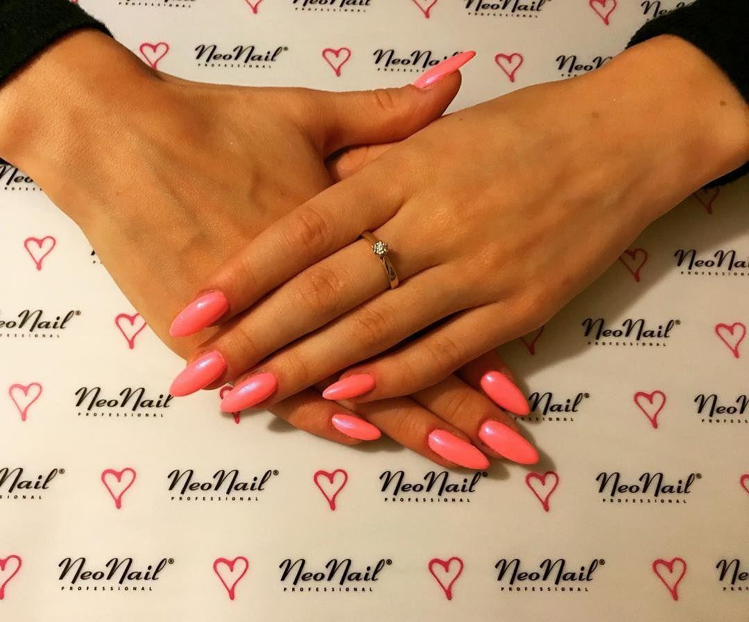 Kllaudy Nails On Instagram Wakacyjne Neonowe Paznokcie