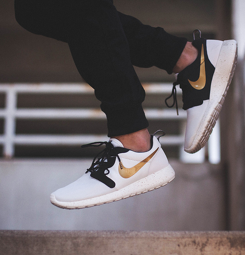 "all—-white: Nike Roshe Run Hyperfuse ""Gold Hypervenom"" all white,"