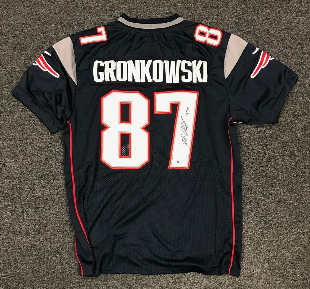 fae033c5c Rob Gronkowski  87 Signed Patriots Jersey Autographed AUTO Sz 44 Beckett  BAS COA