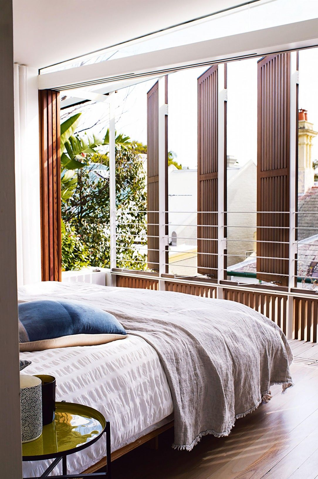 14 Gender-Neutral Bedrooms We Love | Happy Spot | Neutral ...