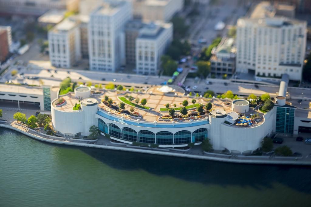 Working the 90mm @Canon  tilt shift over @MononaTerrace @isthmus ...