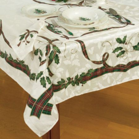 Lenox Holiday Nouveau Table Cloth 047596051559 These Table