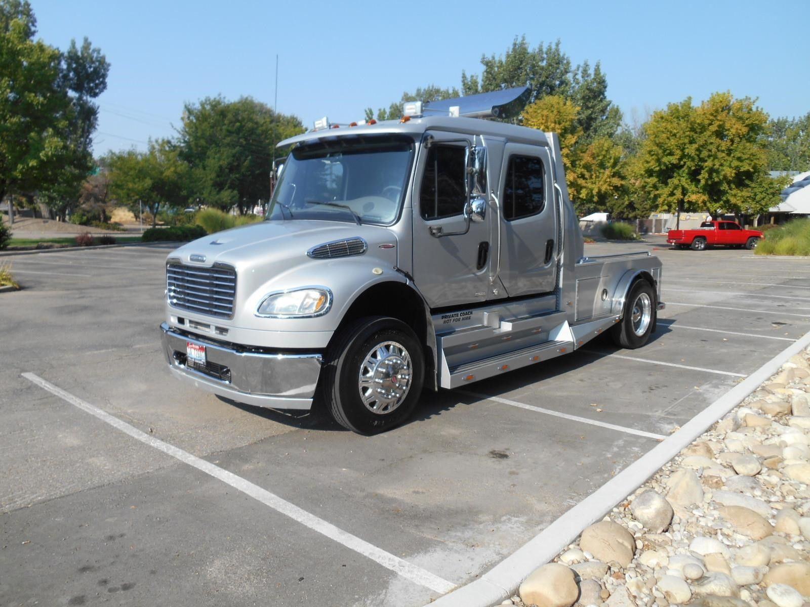 2008 Freightliner Sport Chassis P2xl At Truckpaper Com Dually Trucks Big Trucks Freightliner