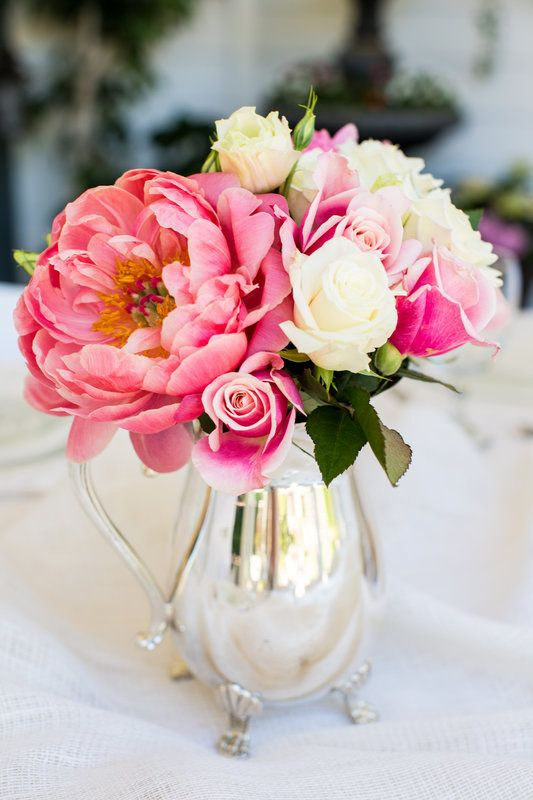 A Mother S Day Luncheon Photo By Rochelle Wilhelms Photography Pink Peony Bouquet Vintage