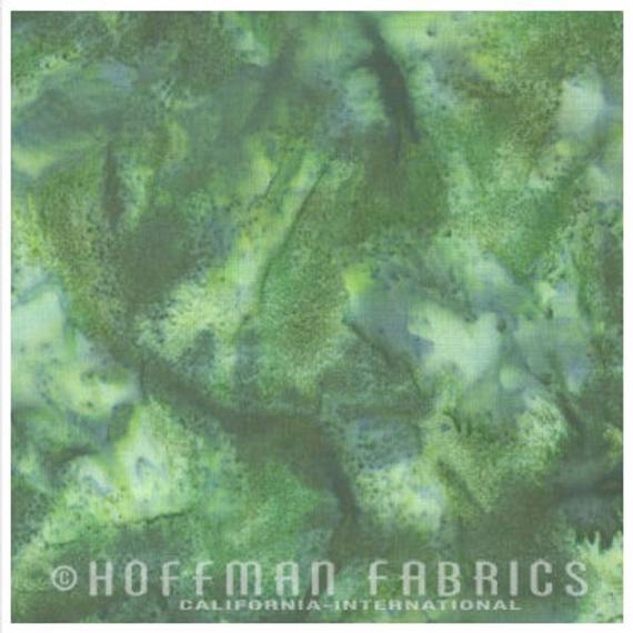 Hoffman Fabrics Bali Hand Dyed Watercolors Batik Snake Green