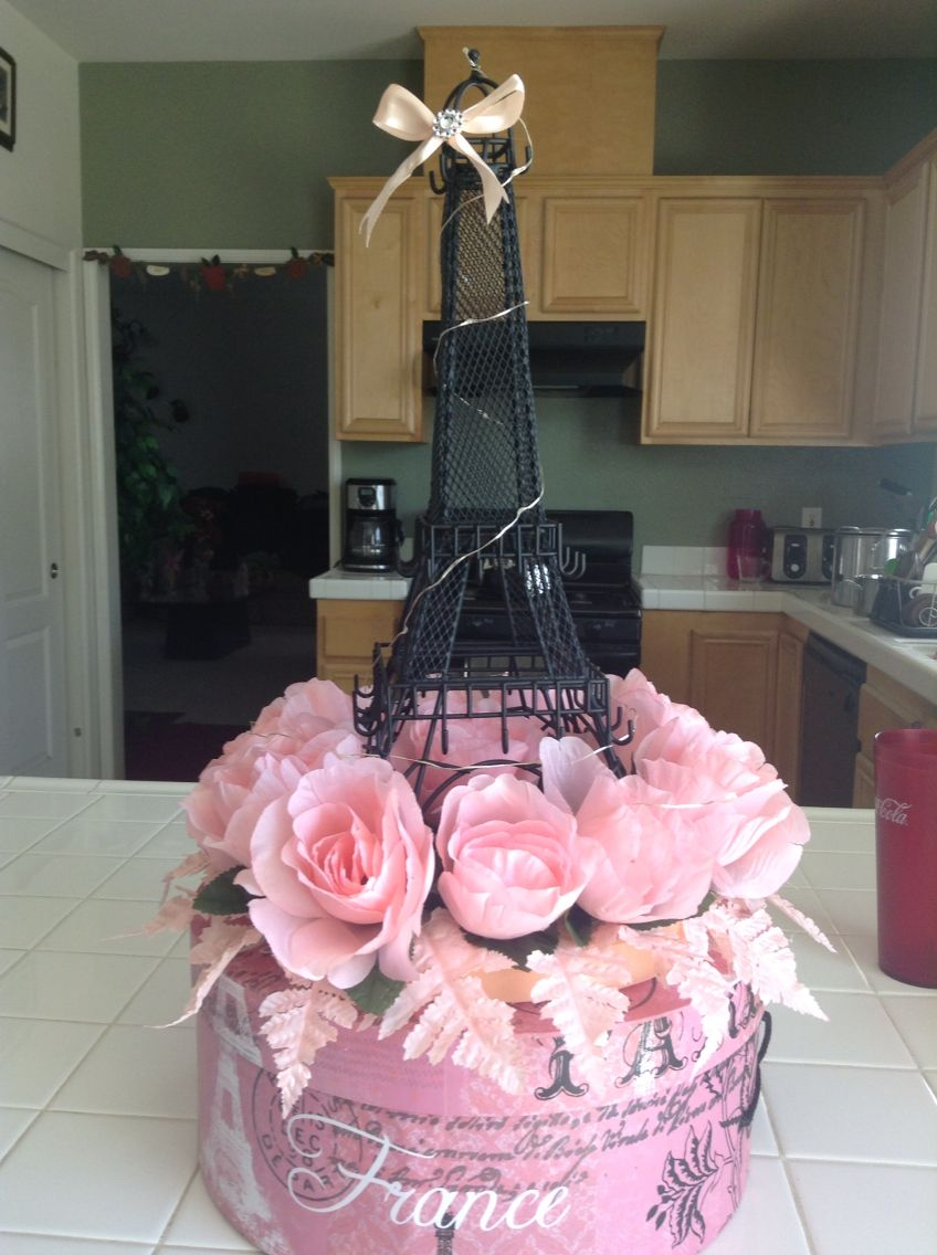 eiffel tower centerpieces par s pinterest eiffel tower centerpiece centerpieces and sweet 16. Black Bedroom Furniture Sets. Home Design Ideas